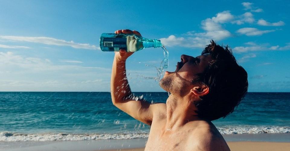 bebendo-agua