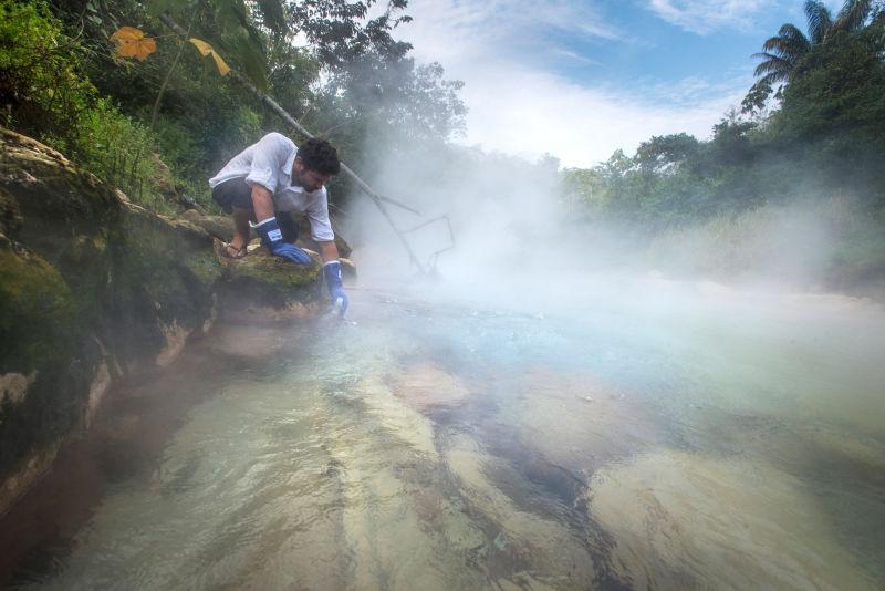 rio-em-ebulicao-na-Amazonia_01