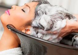 AVC_apos-lavar-o-cabelo-em-salao