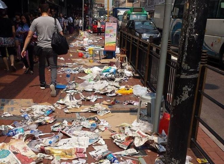 Lixo Nas Ruas Da China Vira Problema Terr 237 Vel E Reflete As