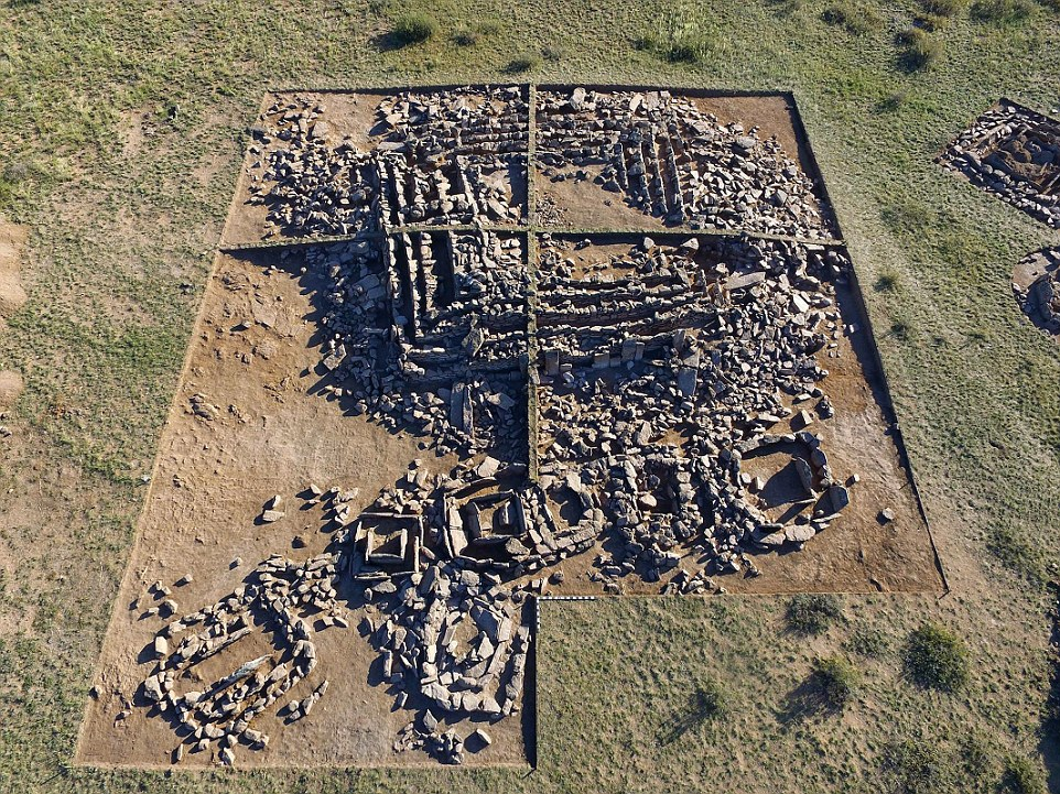 Cientistas sugerem que a primeira pirâmide do mundo esteja no Cazaquistão