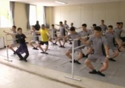soldados-sul-coreanos-no-ballet