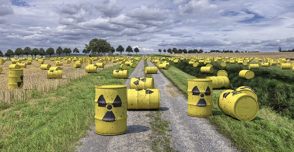 Resultado de imagem para lixo nuclear