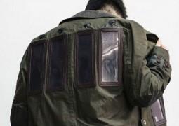 designer-cria-casaco-que-carrega-gadgets