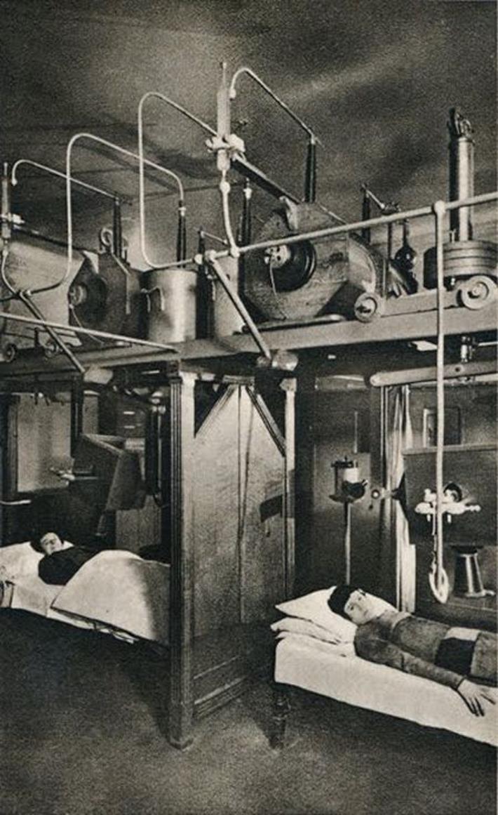 fotos-terriveis-de-hospitais-psiquiatricos_01-mulheres-radioterapia