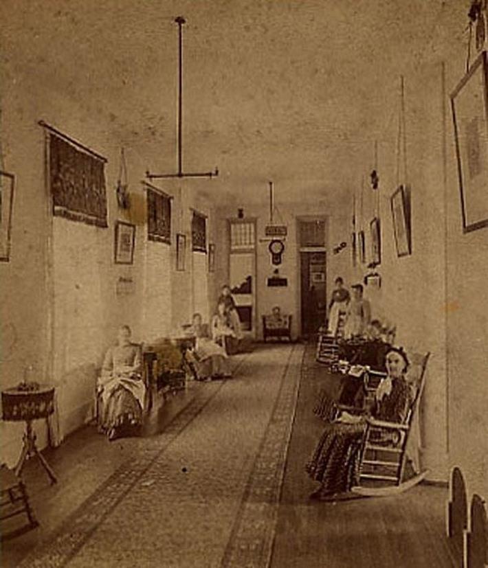 fotos-terriveis-de-hospitais-psiquiatricos_06-asilo-michigam