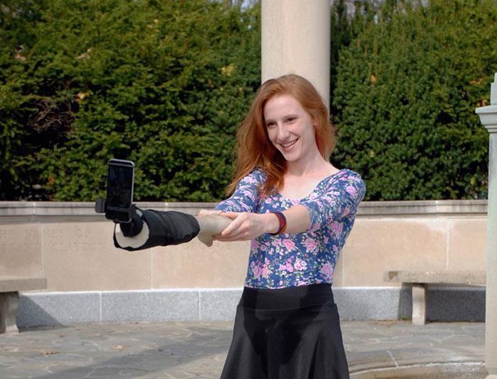 braco-de-selfie_1