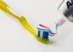 escova-de-dentes_01