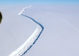 plataforma-gelo-rachadura