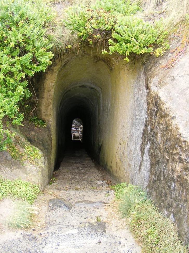 escalera-acantilado-2