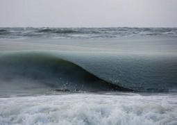 fotografo-registra-ondas-congeladas