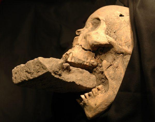 descobertas-arqueologicas-mais-apavorantes-3