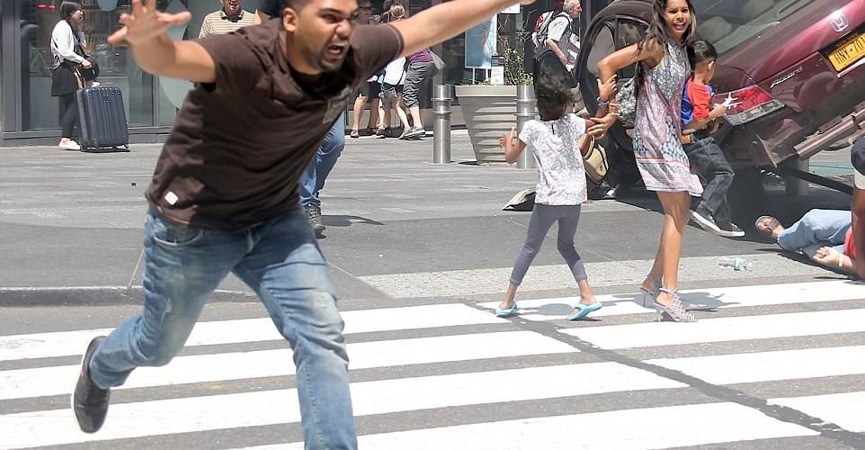 atropelamento-Times-Square-01