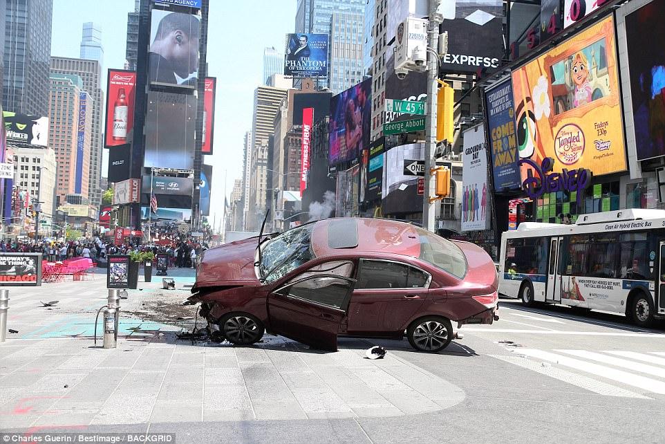 atropelamento-Times-Square-4