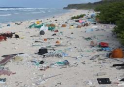 ilha-lixo-pastico-1