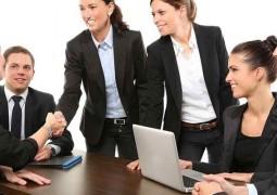 funcionarios-trabalham-melhor-com-chefe