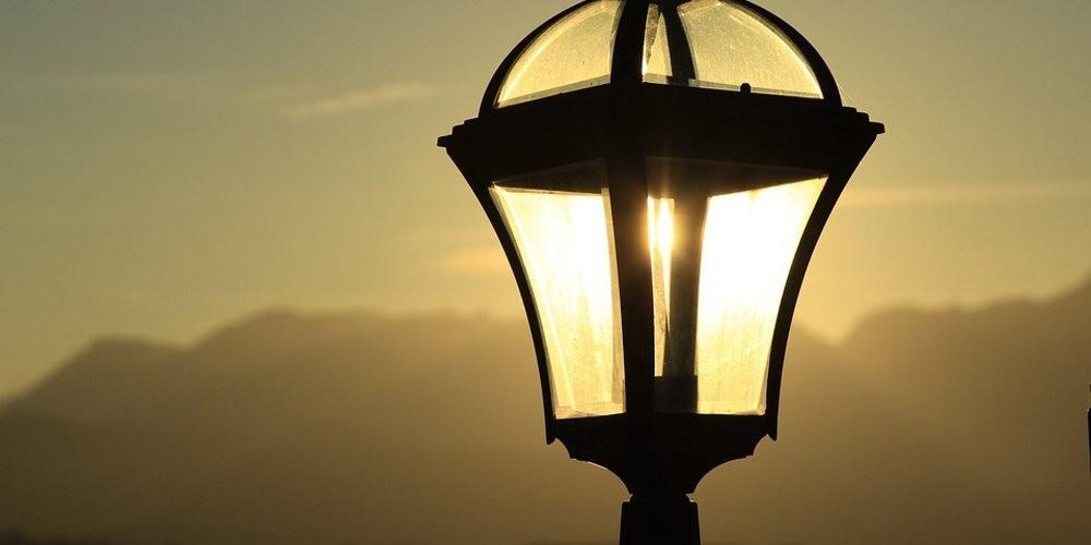 iluminacao-dos-postes-de-rua