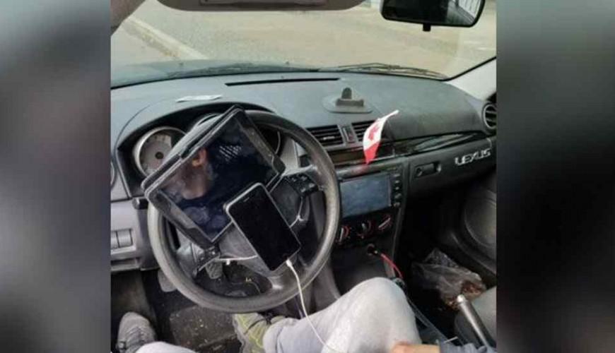 motorista-telefone-ipad-volante_1