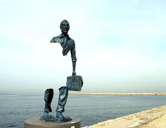 estatuas-lei-da-gravidade_7